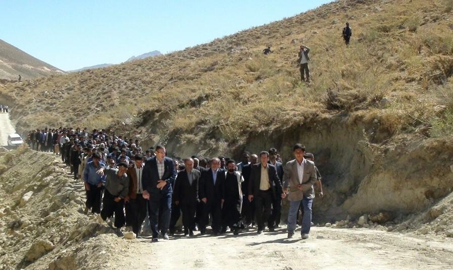 ریزش تونل ۳۴۰۰ متری گردنه چری محور شهرکرد مسجد سلیمان ۲ سال پس از کلنگ زنی با شکوه توسط استاندار! ۸ کشته و زخمی