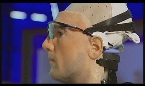 ویدئوی انسان ساخت بشر، با اندامها و خون آزمایشگاهی