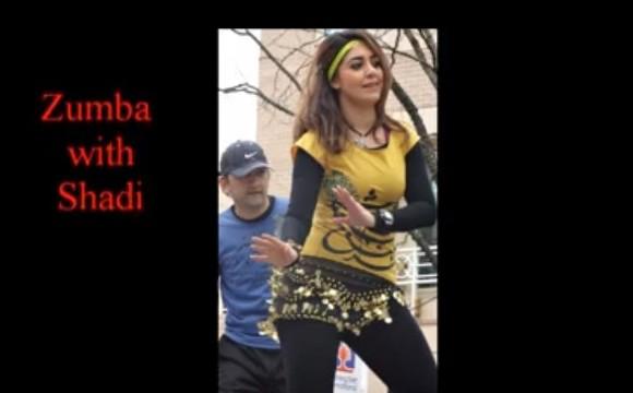 رقص زومبا با شادی