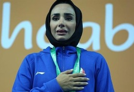 Female Iranian kickboxer wins gold despite injury in Asian Indoor Games