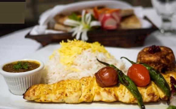 تخفیف ویژهی رستوران ایرانی یاس