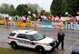 جنجال مراسم بزرگداشت آیتالله خمینی در تورنتو و اعتراض به آن (تصاویر)