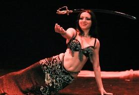 هزار و یکشب: رقص شرقی با موزیک زنده