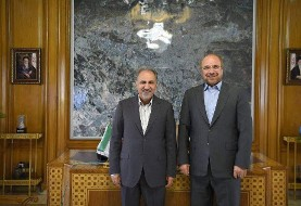 انتقال دوستانه قدرت در شهرداری تهران از یک نظامی به یک فرهنگی