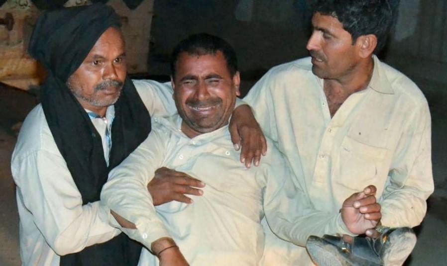 باز هم تعصب مذهبی فاجعه آفرید: قتل عام در زیارتگاه آرام صوفیان پاکستان در حمله انتحاری داعش: صدها کشته و زخمی