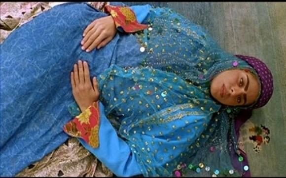 مرورى بر سينماى محسن مخملباف، نويسنده و كارگردان ايرانى، در سينما تكت