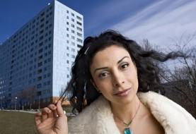خانم ایرانی در سوئد در لیست محبوبترین کمدینها و موفقترین مهاجران