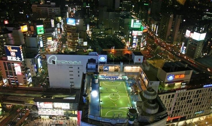 Futsal field on top of Tokyo Skyscraper