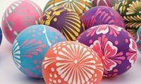 مراسم رنگ آمیزی تخم مرغ برای نوروز