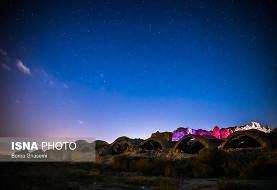 عکس بارش شهابی در آسمان روستای ده نمک در سی کیلومتری گرمسار