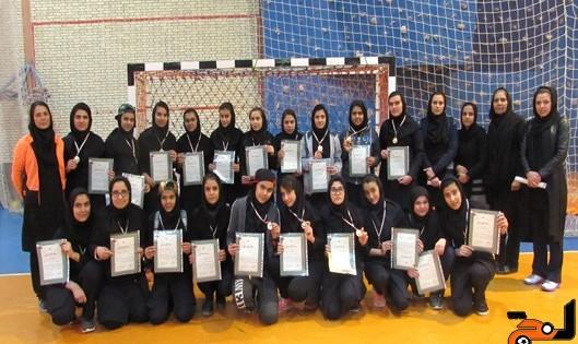 مصدومیت ۲۰ دانش آموز در پی انفجار در آزمایشگاه مدرسه دخترانه شاهد اسوه در مبارکه اصفهان