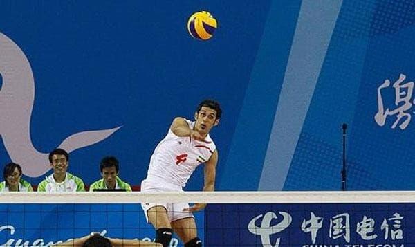 تیم ملی والیبال ایران در مصاف تیم امریکا : چهار بازی