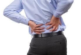 پشت میزنشینان مراقب دردهای اسکلتی باشند