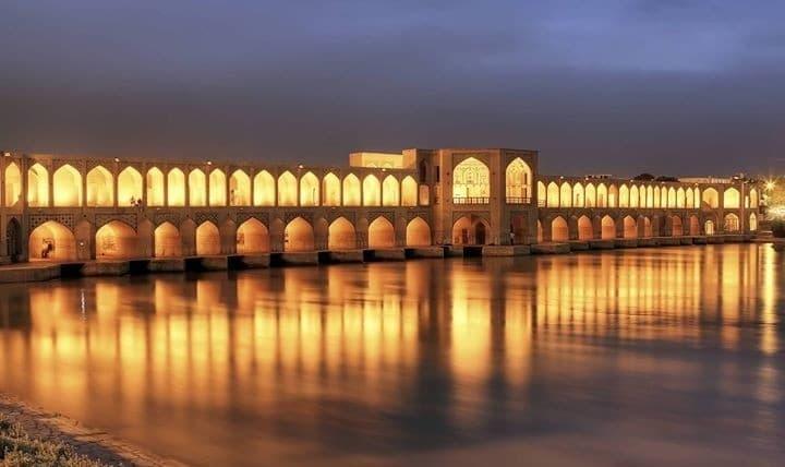 معماری ایرانی دوران صفوی و قاجار : شیوه اصفهانی