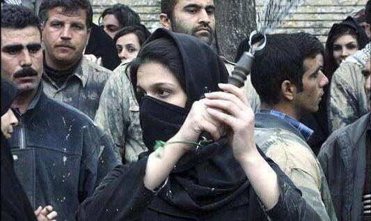 سپاه: دستگیری یکی از عناصر داعش در شهرک اندیشه کرج / سازماندهی ۳۰۰ حمله انتحاری در ماه محرم