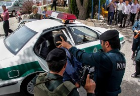عکس آرشیوی: جزئیات تیراندازی در خیابان جمهوری تهران: سارق خودرو مسروقه هدف گلوله قرار گرفت