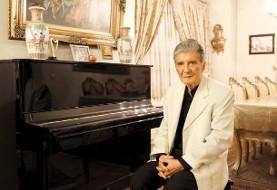 نادر گلچین، خواننده سرشناس موسیقی ایران در ۸۱ سالگی به دلیل سرطان ریه درگذشت