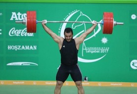 Sohrab Moradi breaks new world record in weightlifting in 94 Kg class
