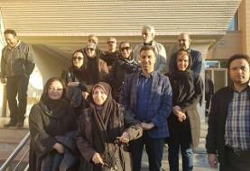 ورود کاروان دوم سینماگران به مناطق زلزلهزده +عکس