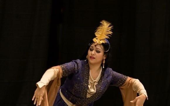 کلاس حرکات رقص ایرانی توسط روشنا نوفرت