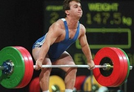 Suleymanoglu, 3-time Olympic gold weightlifter, dead at 50 of alcohol-related causes