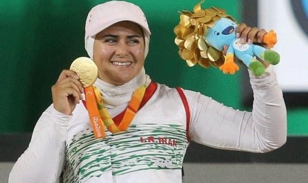 مشکل ممنوع الخروج شدن زهرا نعمتی توسط همسرش با «گذرنامه ویژه» حل شد