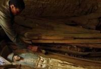 کشف ۱۲ مقبره جدید در مصر