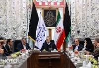 دیدار اعضای شورای شهر تهران با رئیس مجلس/ تأکید لاریجانی بر لزوم رفع مشکل ترافیک و آلودگی