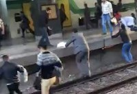 خارج شدن مترو کرج - تهران از ریل