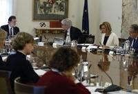 دولت اسپانیا خود مختاری کاتالونیا را لغو کرد | حمایت پادشاه از موضع دولت