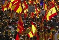 تظاهرات ضد دولتی ۲۰۰ هزار نفر در بارسلون