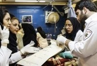 تیم های پرستاری برای مراقبت از زلزله زدگان به صورت هفتگی به مناطق زلزله زده اعزام می شوند