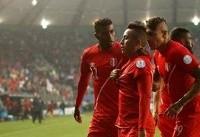 فدراسیون فوتبال پرو ۷۰۰۰ دلار جریمه شد