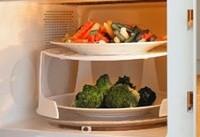 ۷ گزینه غذایی را هرگز در مایکروویو گرم نکنید