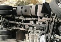 واژگونی کامیون ترافیک چند کیلومتری رقم زد
