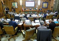 زمان اتمام فعالیت شورای چهارم مبنای قانونی ندارد/ وزیر کشور قانون را نادیده گرفته است