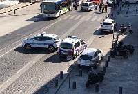 ورود خودرو به ایستگاه اتوبوس در فرانسه