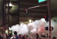 Phoenix police use pepper spray on Trump protesters