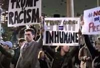 تظاهرات مخالفان ترامپ در بیرون محل سخنرانی وی به خشونت کشیده شد