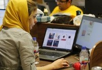 Iranians up in arms as Apple removes top apps