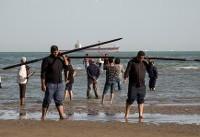 علم شوری در دریا؛ سنتی دیرینه در بندرعباس+عکس
