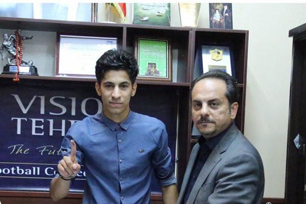 ۱۵ بازیکن استقلال قرارداد خود را ثبت کردند - kodoom.com - 15 footballers signed contracts with Esteghlal - Kodoom