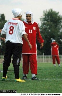 اسم زیبا برای تیم فوتبال تیم ملی فوتبال ساحلی ایران در یک بازی حساس و زیبا ونزدیک از سد تیم قدرتمند ژاپن گذشت.