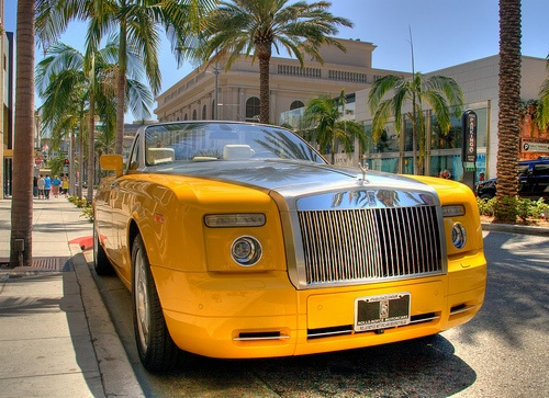 Bijan Pakzad Designs 30 Limited Edition Rolls Royce For The Worlds