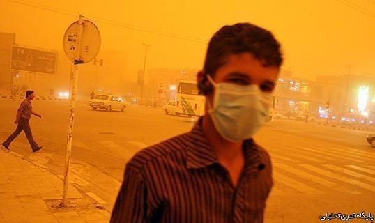بحران گردوغبار در خوزستان: مراجعه ۸۰۰ نفر به اورژانس و بستری ۱۰۰ نفر در بیمارستانها