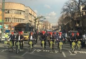 آفرین! به امید پیروزی دوچرخه ها بر خودروها : در دوازدهمین سهشنبه بدون خودرو، ۱۴ شهردار دیگر کشور حناچی را تا دفتر جهانگیری همراهی کردند