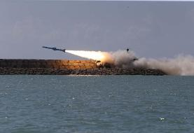 نیروی دریایی برای نخستین بار شلیک موشک کروز سطح به سطح  را به نمایش گذاشت