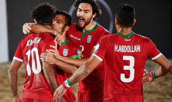 فیلم مسابقات فوتبال ساحلی بین قاره ای: ایران ۸ - آمریکا ۱