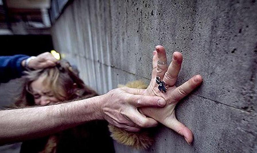 دکتر قلابی در ویلای یک روز اجارهای شمال تهران برای دختر ایرانی مقیم سوئد دام پهن کرده بود!