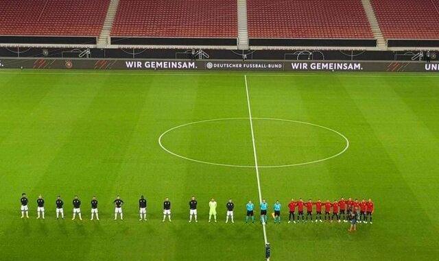 تفاوت فرهنگی اسپانیا و آلمان در این تصویر جنجالی بازی ورزشی به ...